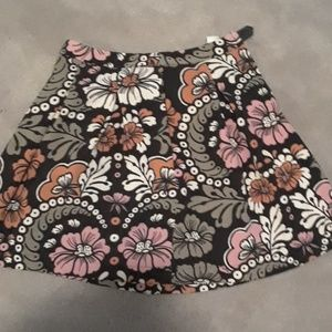 H and m skirt with pockets :)