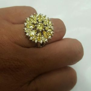 Jewelry - Gorgeous Flower Citrine Ring
