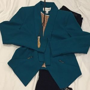 Real blazer with gold detail