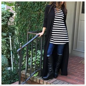 Black long side pocket knit duster