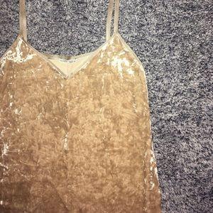 Zara crushed velvet dress 🌸