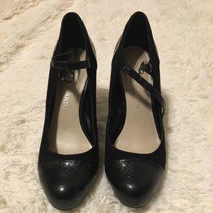 Franco Sarto black heels