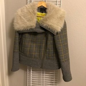Banana republic jacket with fur