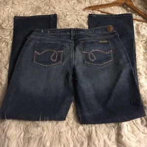 Hint Jeans