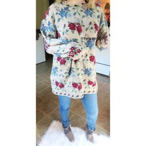 Vintage oversized floral chunky knit sweater 🥀