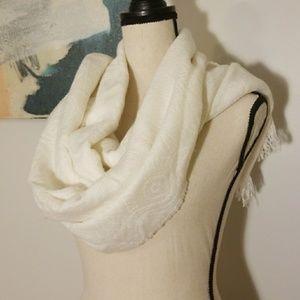 Ivory Blanket Scarf w Subtle Pattern