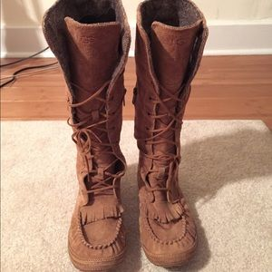 UGG lace up boots! Size 5.5