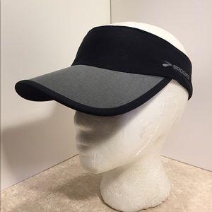 Brooks Black gray unisex run happy visor