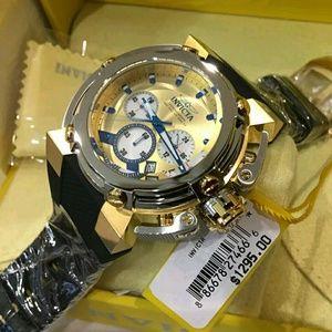 Brand new Invicta Chronograph Men's Watch.(1 left)