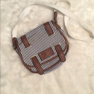 H & M  cute purse