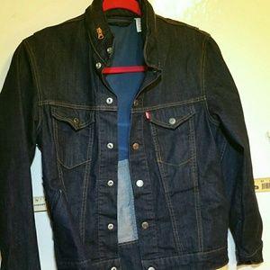 Women's dark denim button-down Levi's jacket