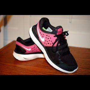 Nike lunarswift 3 pink/black/white