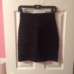 Express Black W/ Snake Skin Print Skirt -Size 00!