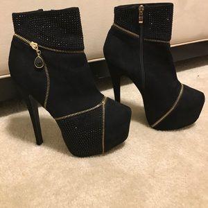 Bebe Ankle Bootie- Black