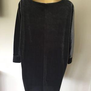 GRAY VELVET SHIFT DRESS