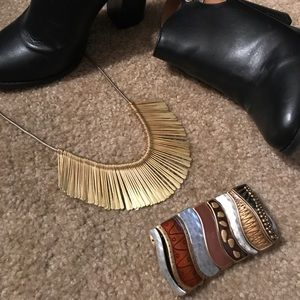 Chico's Beautiful Bronze and Brown Metal bracelet