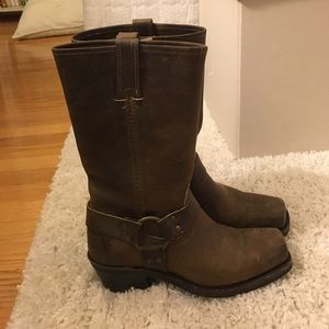 Frye Boots size 7.5 / Great condition!