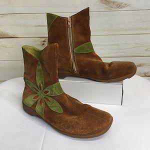 Winter Nut/Kombi Suede Flower Design Ankle Boots