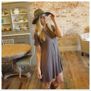 Taupe short sleeve dress
