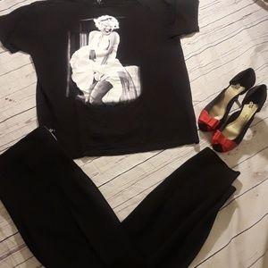 Marilyn Monroe t shirt size large