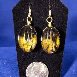 Flame streak earrings