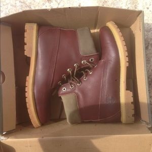Timberland Urban Outfitters Vegetable dye Boots