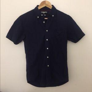UNIQLO deep blue shirt size small