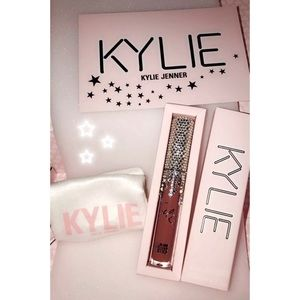 Kylie Cosmetics BIRTHDAY BEDAZZLED CANDY LIPSTICK