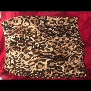 Merona leopardo skirt