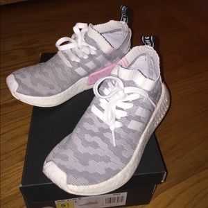Adidas NMD_R2 grey and pink