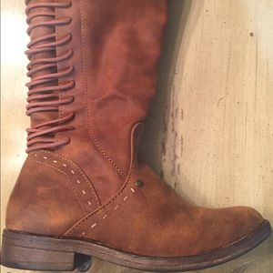 Other - AWESOME YOUTH BOOTS LIKE NEW AND SUPER TRENDY!