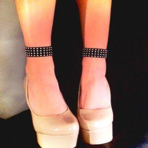 Mwah💋 Jewelry - 🦋2 Studded Ankle Bracelets🦋