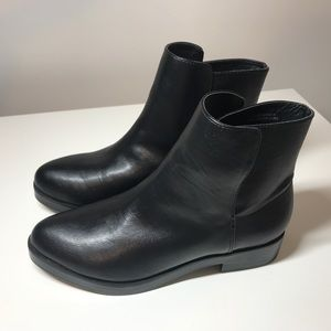Urban Outfitters Harvey Side Overlap Boot