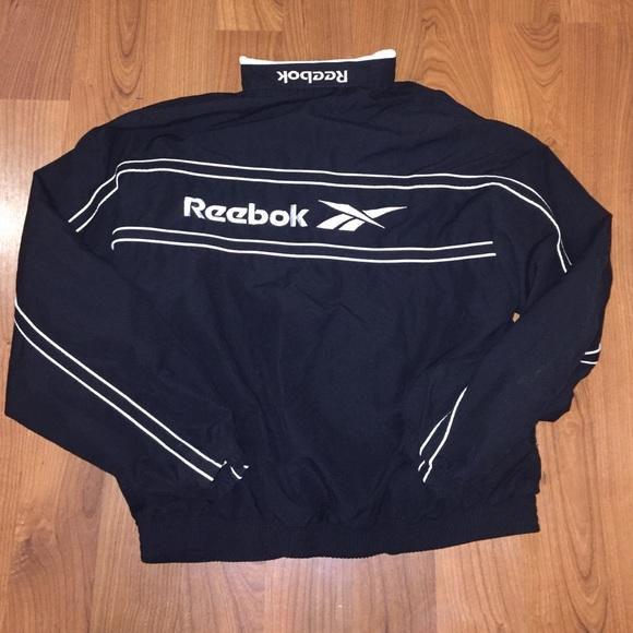 08cd550e94fcf Vintage 90s Reebok windbreaker style zip up jacket