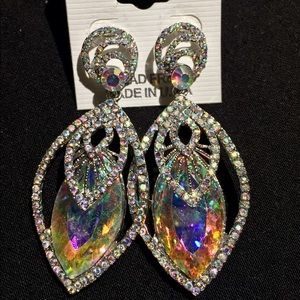 Lovely✨ NWT FORMAL PAGEANT PROM WEDDING EARRINGS