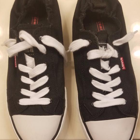 7fa82b65e92553 Levis Shoes - Levi s Ladies  Denim  Canvas Slip On Sneakers  Ten