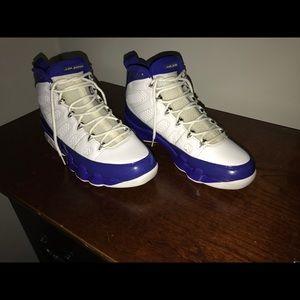 Shoes - Kobe 9 jordans