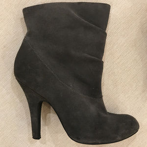 Steve Madden Suede Booties - Size 8