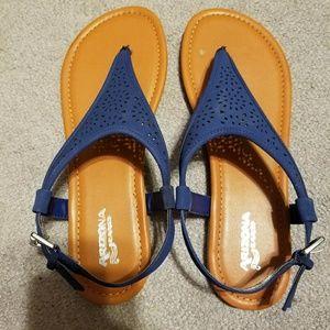 Arizona Navy sandals 9.5