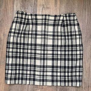 Eddie Bauer Black & Ivory Plaid Wool Pencil Skirt