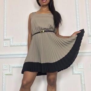 ModCloth Cute Pleated dress  with belt