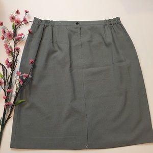 Sag Harbor Black & White Print Pencil Skirt