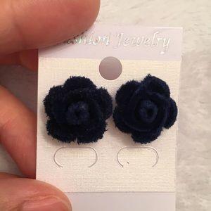 Blue rose 3D velvet stud earrings