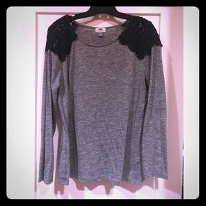Lace Shouldered Long Sleeve Tee