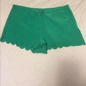 Scalloped green H&M shorts