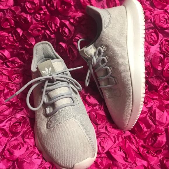 tubolari a poshmark ombra scarpe adidas
