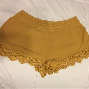 FOREVER 21 // Yellow Shorts