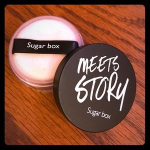 Sugar Box Meets Story Loose Powder