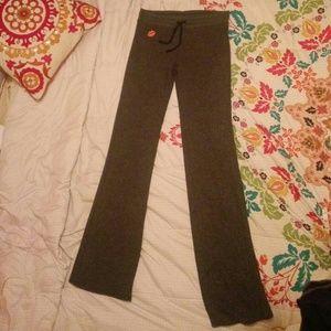 NWOT Wildfox Intimates Gray Fleece Lounge Pants M