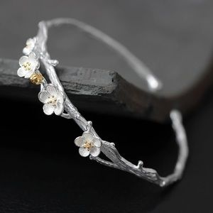 100% 925 Sterling Silver Plum Flower Open Bracelet